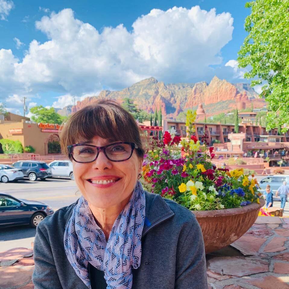 Suzi Peetros